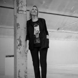 Nicole Hassler - Symetria